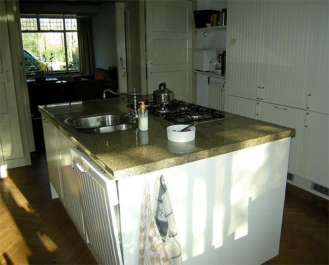 Keukenblad laminaat prijs in de keuken en eventueel plaatsen van keukenblad gootsteen kraan - Prijs graniet werkblad ...